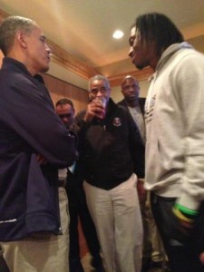 Obama meets with RG III at the Verizon Center
