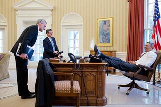 Obama feet on desk