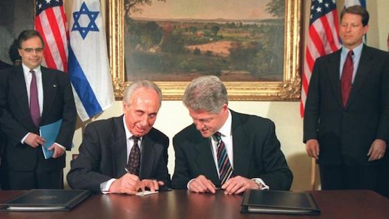 Clinton Peres
